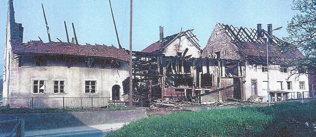 So präsentierte sich die Liegenschaft Berger nach der nur teilweise geglückten Löschübung der Feuerwehr.