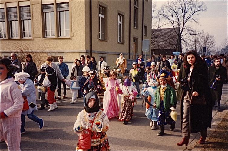 Gleicher Ort (beim Schulhaus 1) , 1988 und...