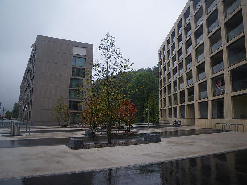 Der Sihlbogen in Zürich-Leimbach, die bisher grösste autofreie Überbauung in der Schweiz.
